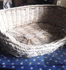 Плетёная корзина для животных