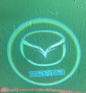 Подсветка в двери Mazda!