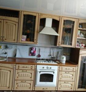 Продаётся кухонный гарнитур, 3.40 длина