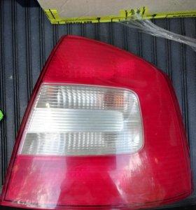Задний правый фонарь Шкода октавия А5