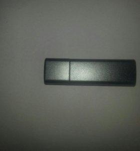 USB флэш-карта 8 гб.