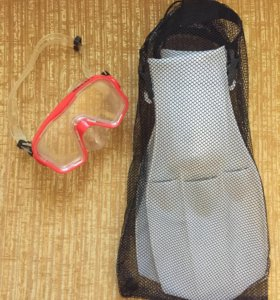 Маска с ластами