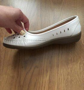 Туфли женские, кожаные