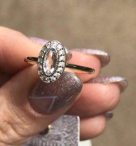 Новое кольцо лимонное золото и цирконий