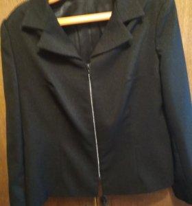 Новый пиджак на  молнии из страз,р.54-56