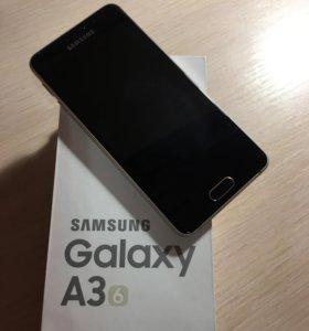 Телефон Samsung Galaxy A3 (2016)