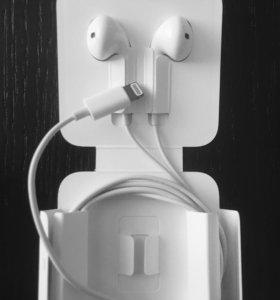 Новые наушники Apple EarPods с разъемом lightning