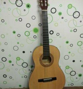 Гитара 3/4 Hohner (классическая) с чехлом