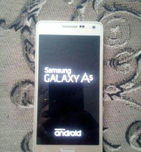 SAMSUNG GALAXY A5 2015год