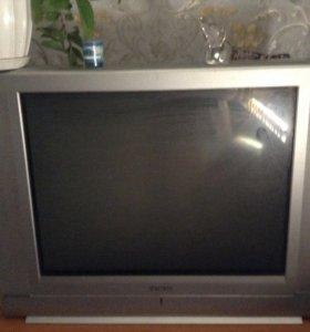 Телевизор ,экран 71 торг, обмен