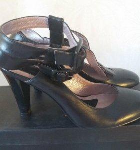 Женские туфли Julia Grossi