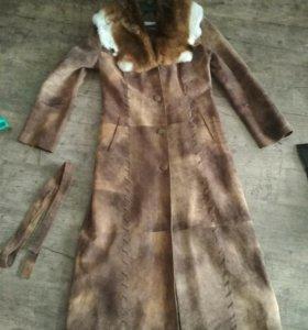 Пальто из натуральной кожи (новое)