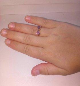 Десткое кольцо.