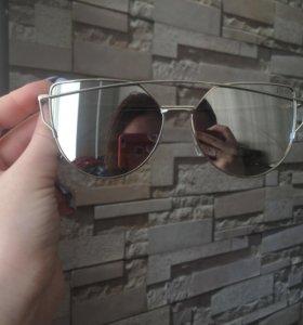Очки от солнца (солнцезащитные очки)