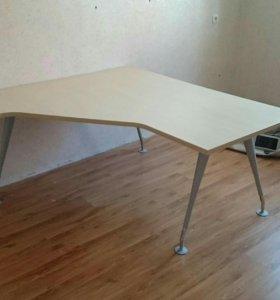 Стол офисный/компьютерный