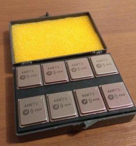 Микросхема 44ГГ2