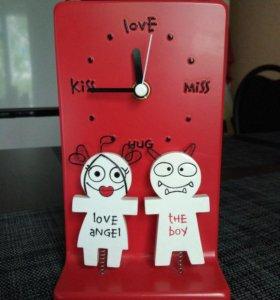 Часы настольные подарочные