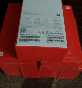 Xiaomi Redmi 5 Plus black/gold/blue 3/32 и 4/64
