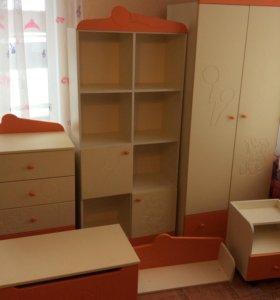 детская мебель (набор)