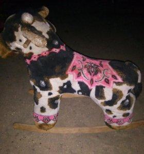 Корова качалка для малышей