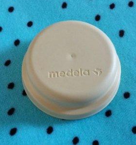 Крышки Medela для бутылочек