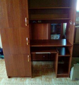 Компьютерный шкаф-стол