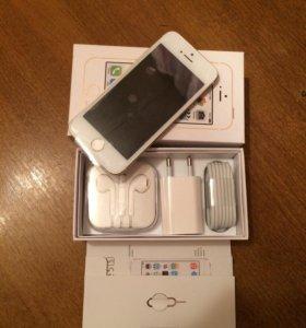 iPhone 5S 16 Gb Белый