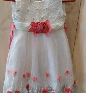 Платье на девочку 4-7 лет