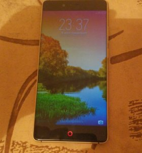 Zte nubia z11 black gold edition