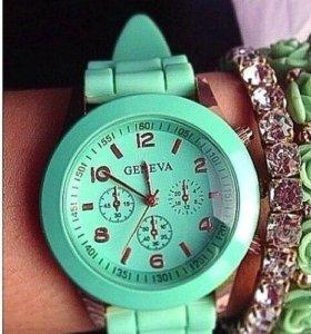 Стильные оригинальные часы