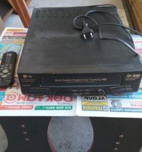 Видеомагнитофон
