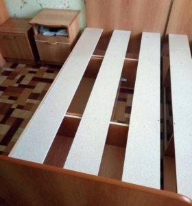 Продам 2 кровати односпальные, диван и др. мебель
