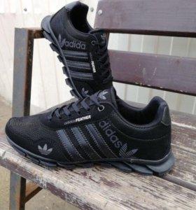 Новые кроссовки 45 рр. Маломер на размер