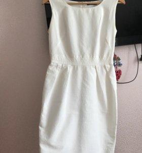 Платье офисное 44р-р Kira Plastinina