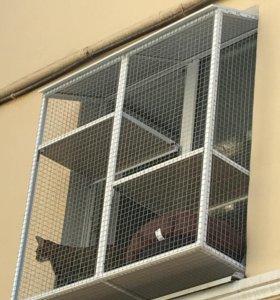 Антикошка сетки и выгулы на окна для кошек