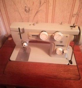 Швейная машина (Подольск 142)