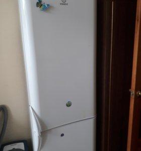 Холодильник. Б/у