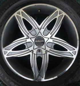 Колёса зимние шипованные (4 колеса + 1 шина)
