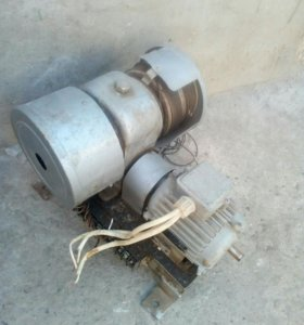 Двигатель с редуктором