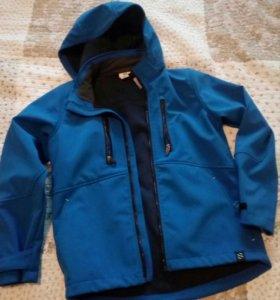 Куртка,ветровка на подростка