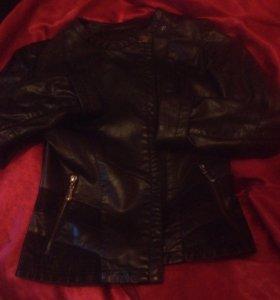 Женская кожная куртка