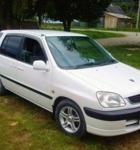Toyota Raum, 1999