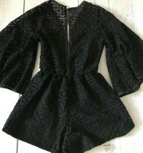 Кружевной черный комбинезон Prada