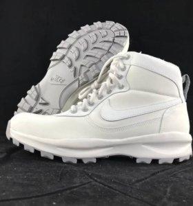 Кроссовки Nike, р-р 43