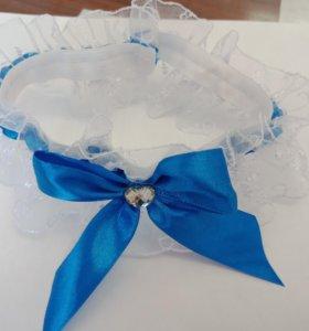Повязка кружевная с синей лентой