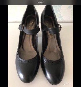 Кожаные женские туфли 40 разм