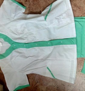 Медицинский костюм новый плюс еще одни брюки