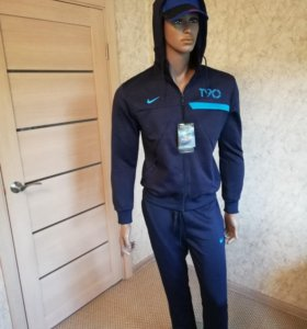 Спортивный костюм Nike T90