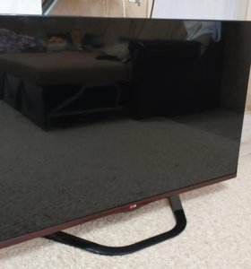 Телевизор LG 47LA662V