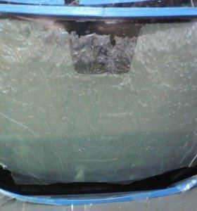 Nissan Juke стекло лобовое